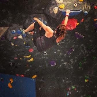 bouldering back