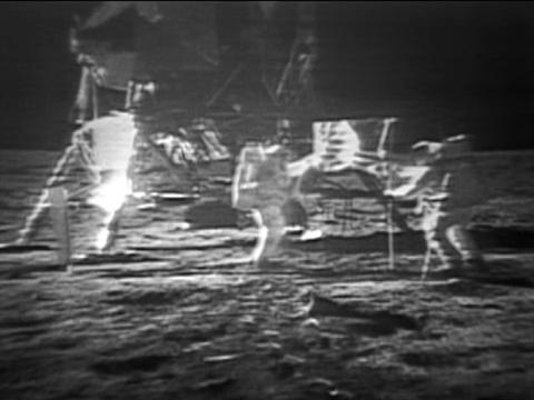 1969-moonlanding-vin_480x360