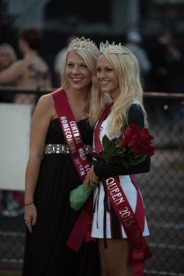 Kelsey Varner (right) crowned in 2015 by 2014 winner Sarah Shirley